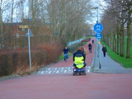 bike-only-roads-3-speed-bump