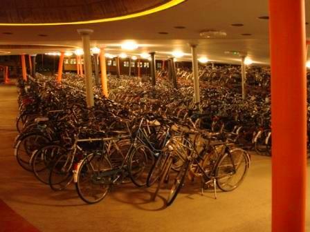bike-parking-train-1