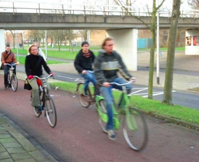 protected bike lanes netherlands groningen