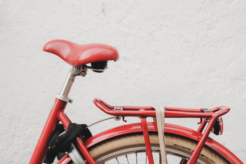 red bike seat
